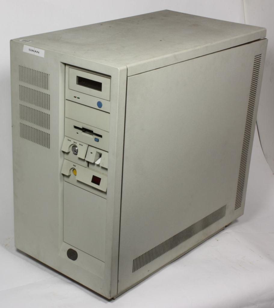 computer-ibm-server-model-7013-530-circa-1990-612192-medium
