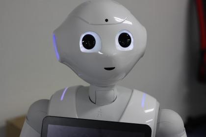 robot-1695653_1920