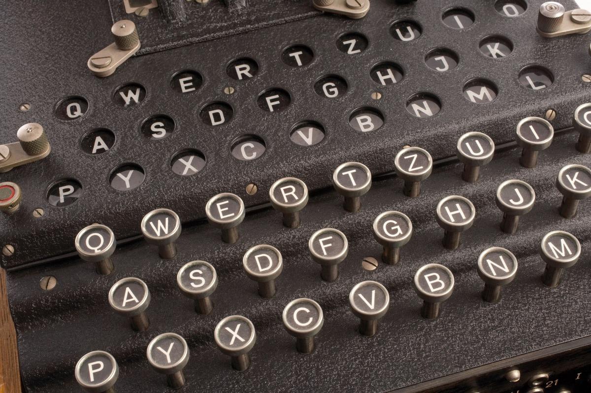 Digitalisierung Apotheke Enigma Chiffre ERezept Coronavirus