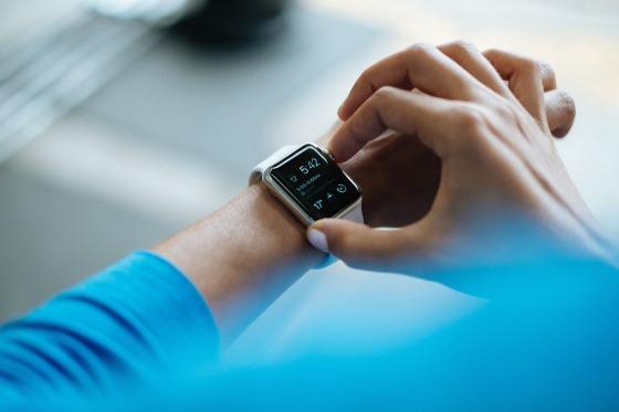 Apotheke Digitalisierung Smartwatch Wearable Compliance Medikation